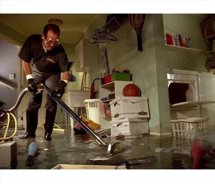 Water Damage  Faster to your Everman (DFW) Water Damage!